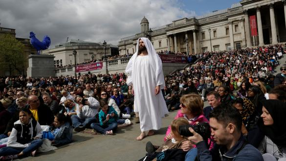Trials, death and resurrection of Jesus brought to life in Trafalgar Square )